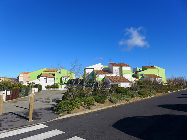 R sidence balcons mediterranee narbonne plage for Camping narbonne plage avec piscine