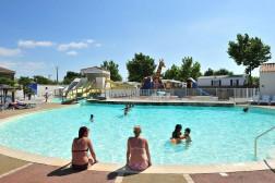 Location vacances Talmont Saint Hilaire - Camping Loyada 5* - Mobil Home - 6 personnes - 4 pièces - 3 chambres - Photo N°1