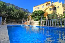 Holiday Rental Calpe - Villa - 5 people - 4 rooms - 3 bedrooms - Photo N°1