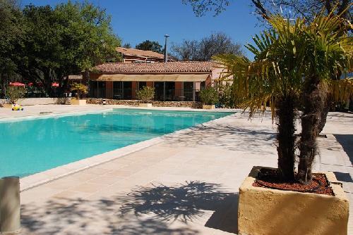 Holiday house Camping Domaine des Chênes Blancs - Mh Confort Plus 2Ch 5pers + Terrasse Couverte (2256765), Saint Saturnin lès Apt, Vaucluse, Provence - Alps - Côte d'Azur, France, picture 6