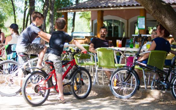 Holiday house Camping Domaine des Chênes Blancs - Mh Confort Plus 2Ch 5pers + Terrasse Couverte (2256765), Saint Saturnin lès Apt, Vaucluse, Provence - Alps - Côte d'Azur, France, picture 7