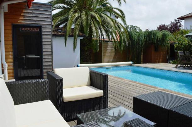 anglet maison 6 personnes ref 236837. Black Bedroom Furniture Sets. Home Design Ideas