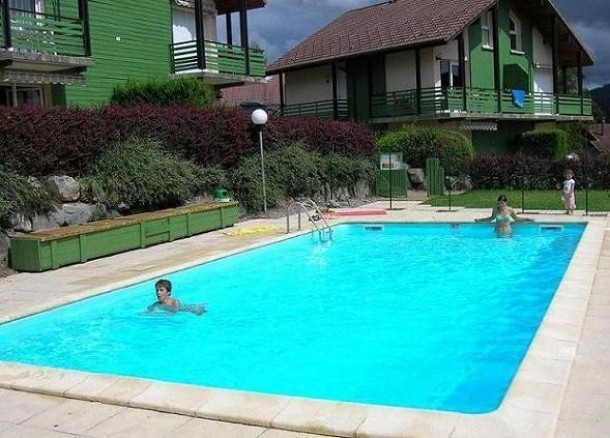 Les chenes rouges g rardmer appartement 4 personnes for Piscine gerardmer