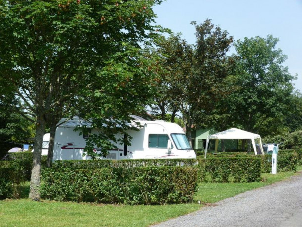Ferienhaus Camping du Breuil - Chalet Insecte (mitoyen) (2258299), Bourbon Lancy, Saône-et-Loire, Burgund, Frankreich, Bild 4