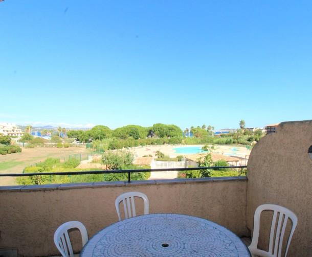 Holiday apartment T2 cabine duplex pour 7 personnes résidence avec piscine face à la mer (2301742), Gassin, Côte d'Azur, Provence - Alps - Côte d'Azur, France, picture 2