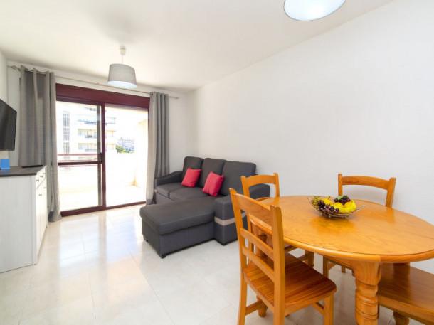 topacio iii calpe wohnung 2 personen ref 363307. Black Bedroom Furniture Sets. Home Design Ideas