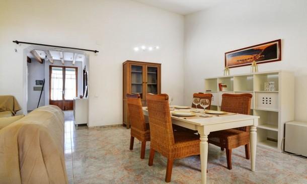 House in palma de mallorca 104534 palma de majorque for Maison palma de majorque