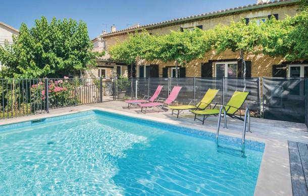 Pujaut Annonce Location Vacances à La Mer Maison Villa à - Hotel languedoc roussillon avec piscine