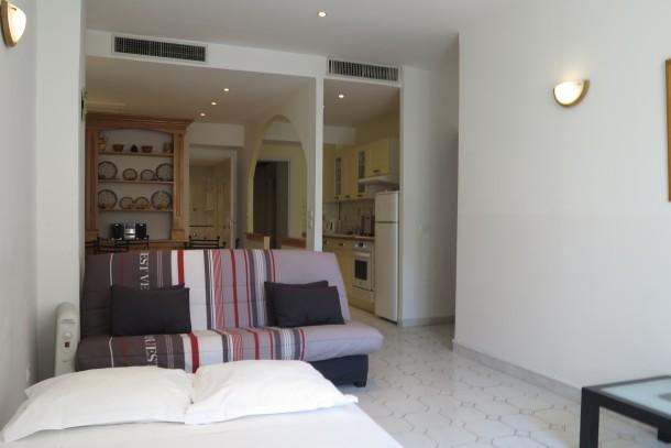 Holiday apartment Very Central 1 Bedroom with Balcony Rue Commandant André (2557595), Cannes la Bocca, Côte d'Azur, Provence - Alps - Côte d'Azur, France, picture 2