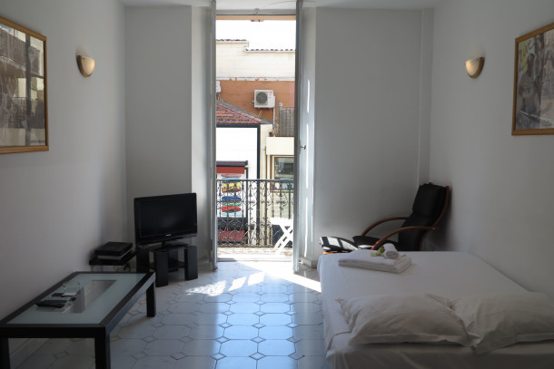 Holiday apartment Very Central 1 Bedroom with Balcony Rue Commandant André (2557595), Cannes la Bocca, Côte d'Azur, Provence - Alps - Côte d'Azur, France, picture 8