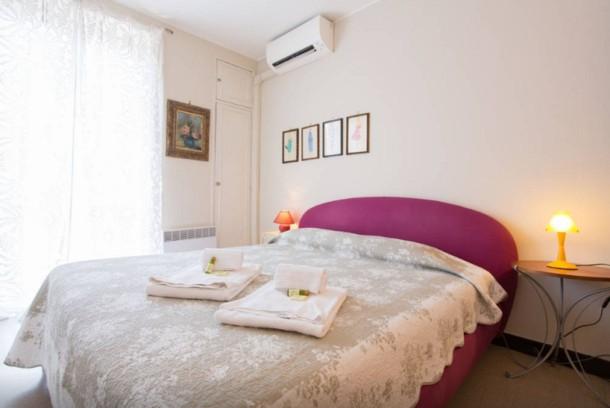 Holiday apartment Large 1 Bedroom with Balcony City Centre (2557603), Cannes la Bocca, Côte d'Azur, Provence - Alps - Côte d'Azur, France, picture 11