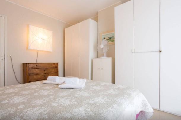 Holiday apartment Large 1 Bedroom with Balcony City Centre (2557603), Cannes la Bocca, Côte d'Azur, Provence - Alps - Côte d'Azur, France, picture 15