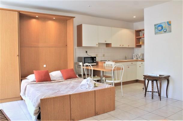 Holiday apartment Central Studio with 2 Double Beds (2557606), Cannes la Bocca, Côte d'Azur, Provence - Alps - Côte d'Azur, France, picture 8