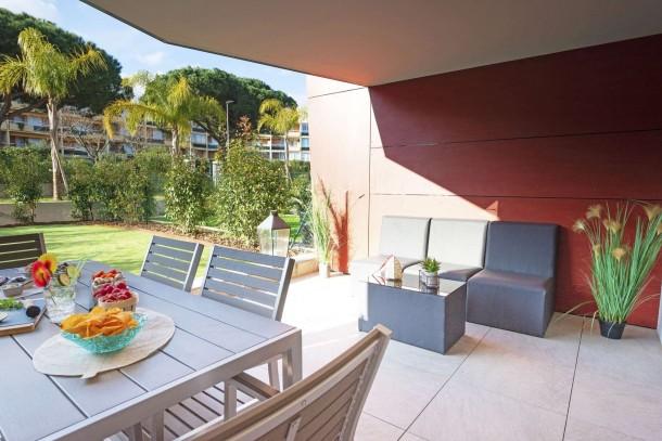 Agréable 3 pièces avec jardin / Résidence avec piscine sur ...