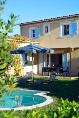 Holiday house Villas Le Clos Savornin**** - Villas 4 pièces 6 personnes - Vue campagne (2807979), Saint Saturnin lès Apt, Vaucluse, Provence - Alps - Côte d'Azur, France, picture 3