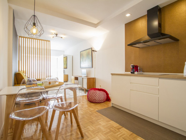 Ferienwohnung UD Apartments - Atocha Stylish with Pool (2789764), Madrid (Stadt), , Madrid, Spanien, Bild 1