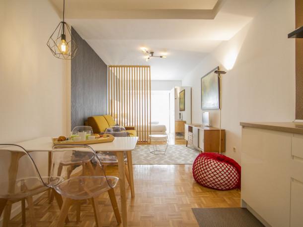 Ferienwohnung UD Apartments - Atocha Stylish with Pool (2789577), Madrid (Stadt), , Madrid, Spanien, Bild 2