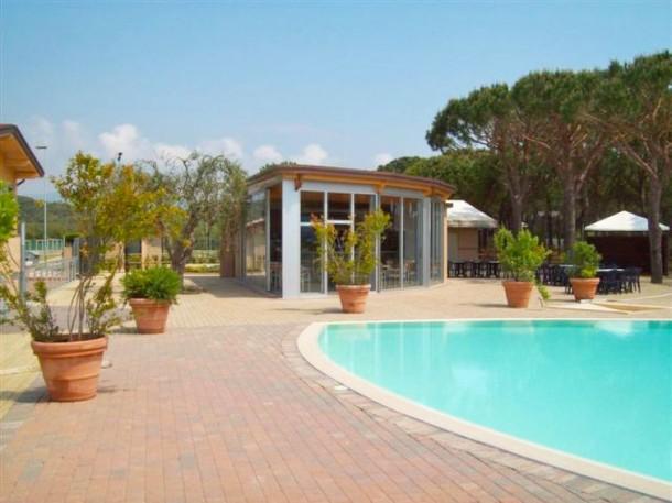 Bungalow superior castiglione della pescaia casa 4 for Design della casa bungalow