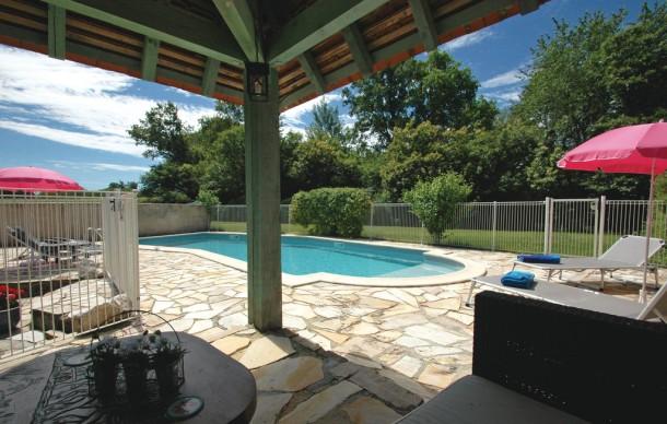 Location maison 2 personnes avec piscine privee for Louer maison vacances avec piscine privee