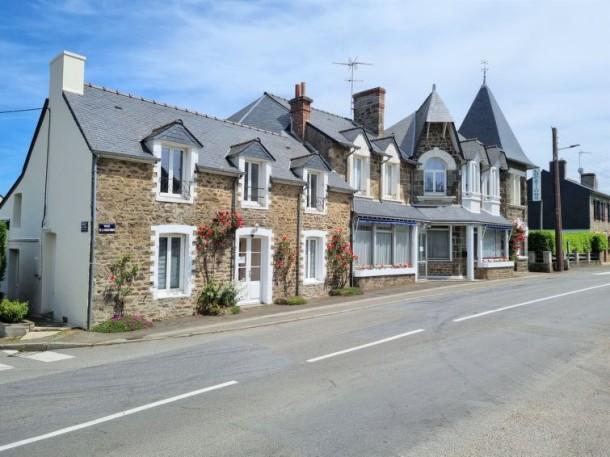 le petit robinson dinard appartement 6 personnes ref 209081. Black Bedroom Furniture Sets. Home Design Ideas