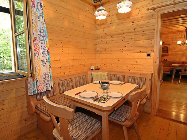 Haus ahlfeld sankt aegyd am neuwalde chalet 4 people for Schedule j bedroom description