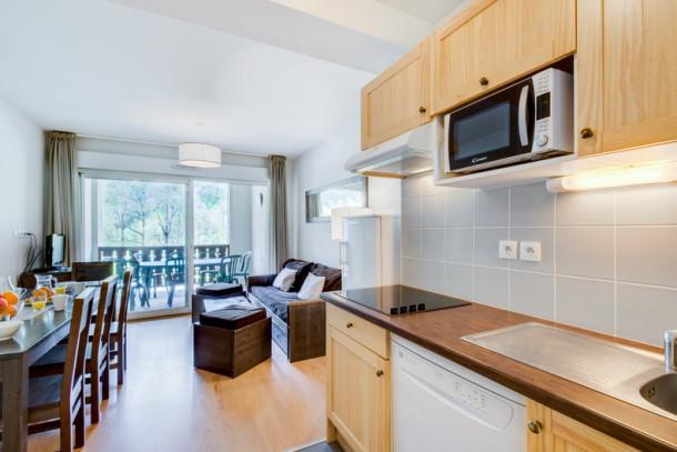 r sidence les jardins de balnea loudenvielle appartement 8 personnes ref 269775. Black Bedroom Furniture Sets. Home Design Ideas