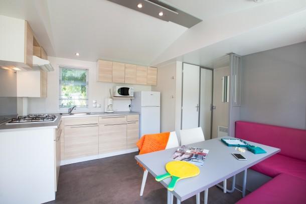 camping la rive 5 biscarrosse mobil home 6 personnes ref 271533. Black Bedroom Furniture Sets. Home Design Ideas