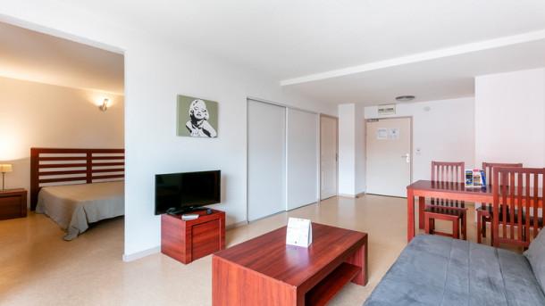 r sidence le saint clair 2 pi ces cap d 39 agde appartement 4 personnes ref 272887. Black Bedroom Furniture Sets. Home Design Ideas