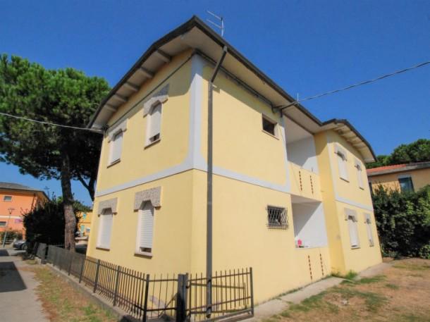 Casa daniela rosolina mare appartamento 4 persone for Semplice casa con 3 camere da letto piani kerala