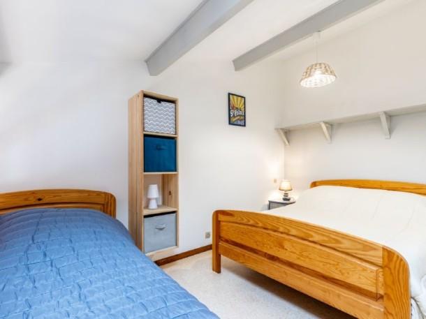 les adichats saint palais sur mer appartement 4 personnes ref 320159. Black Bedroom Furniture Sets. Home Design Ideas