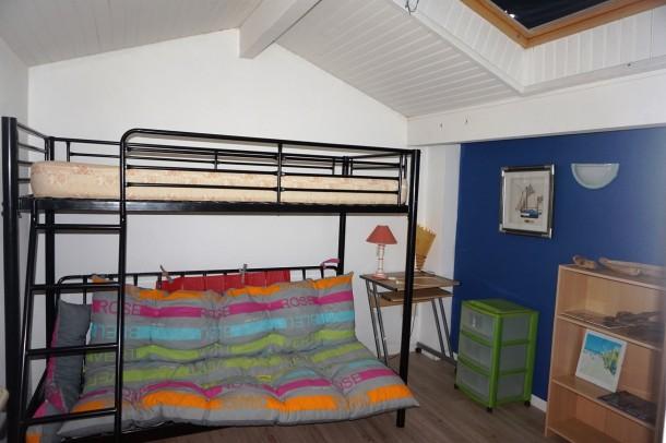 agr able maison mitoyenne au calme avec jardin 005 biscarrosse plage maison 6 personnes. Black Bedroom Furniture Sets. Home Design Ideas