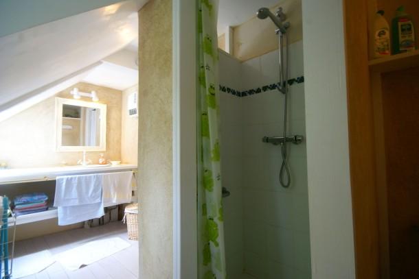 Maison de vacances querrien querrien house 3 people for Schedule j bedroom description