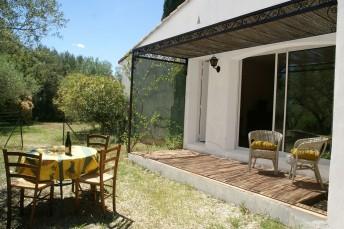 Locations vacances - Vergèze - Villa - 4 personnes - Photo N°1