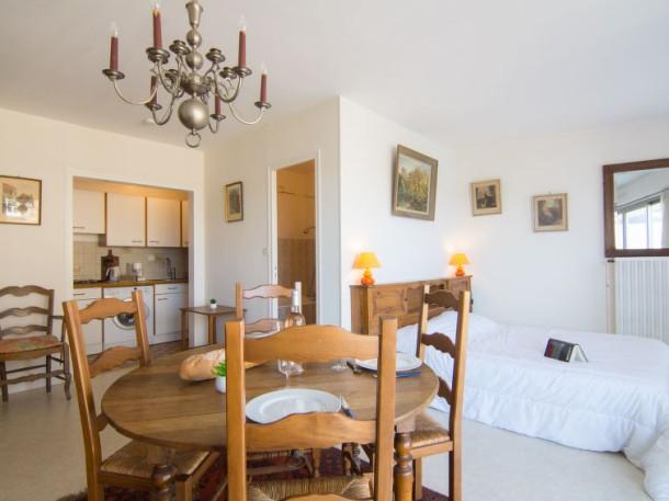 le royal foch dinard appartement 3 personnes ref 345496. Black Bedroom Furniture Sets. Home Design Ideas