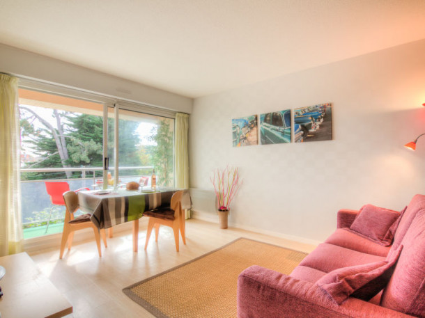 les jardins de la malouine dinard appartement 2. Black Bedroom Furniture Sets. Home Design Ideas