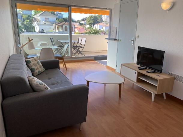appartement 4 personnes arcachon appartement 4 personnes ref 365150. Black Bedroom Furniture Sets. Home Design Ideas