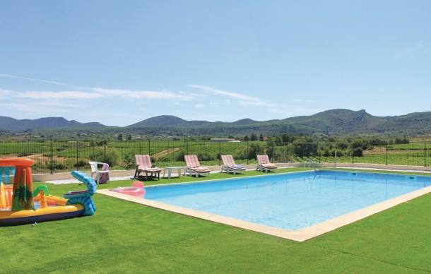 Location avec piscine priv e beaulieu maison 6 for Location vacances rhone alpes avec piscine