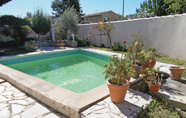 Location avec piscine priv e les angles maison 5 for Piscine les angles