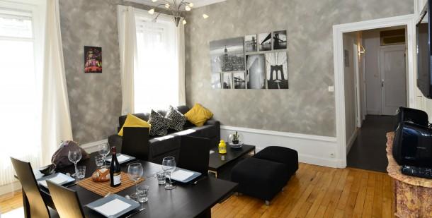 chenas appart 39 ambiance lyon 06 les brotteaux la t te d 39 or appartamento 4 persone ref 381232. Black Bedroom Furniture Sets. Home Design Ideas