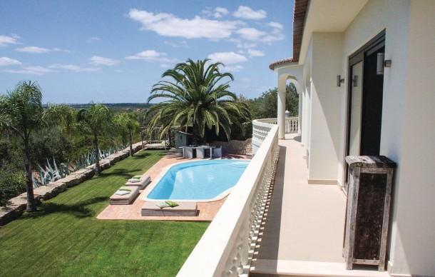 location prestige avec piscine priv e silves maison 8 personnes ref 381740. Black Bedroom Furniture Sets. Home Design Ideas