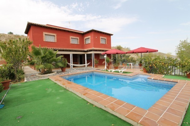 Casa rural mirador de aranjuez sese a nuevo chalet 11 personnes ref 423591 - Casa rural toledo piscina ...