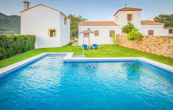 Location avec piscine priv e ubrique maison 10 - Locations vacances avec piscine privee ...