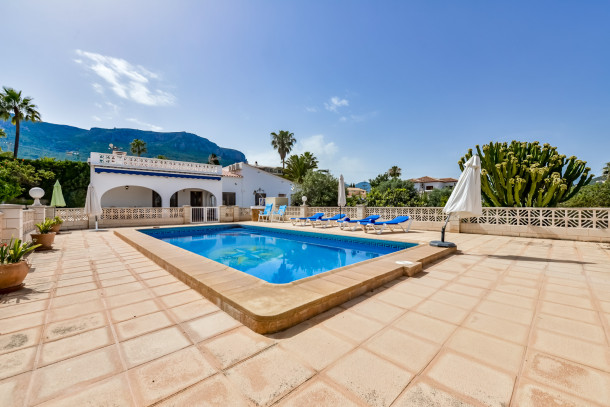 Villa benicolada calpe villa 6 personnes ref 46536 for Villa 6 personnes piscine location vacances montauban