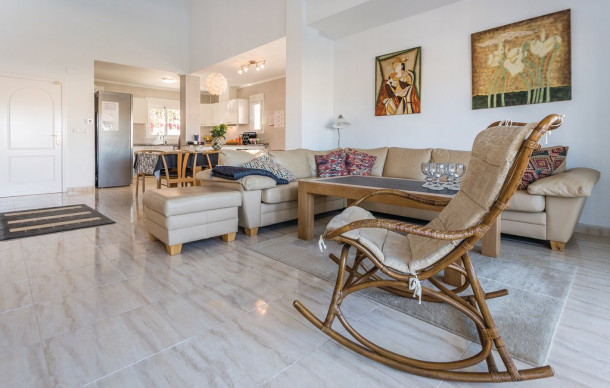 ciudad quesada chat rooms Lovely townhouse with pool views in ciudad quesada this beautifu house consists of 2 bedrooms, 1 full bathroom, 1 guest toilet, open plan kitchen and private garden  shower room white.