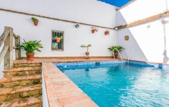 Locations vacances - Hornachuelos - Maison - 5 personnes - Photo N°1