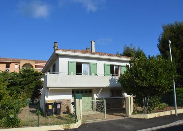 Maison Familiale De Vacances Dans Un Secteur Calme Cavalaire Sur Mer Villa 6 Personnes