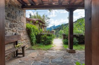 Locations vacances - Cabezón de Liébana - Villa - 5 personnes - Photo N°1