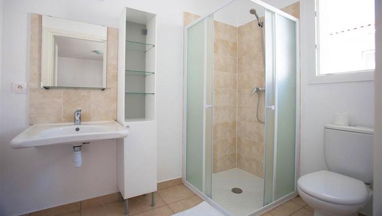 Vente Privee Residence A Nuciola 3 Salle De Bain Avec Baignoire Ou Douche Et