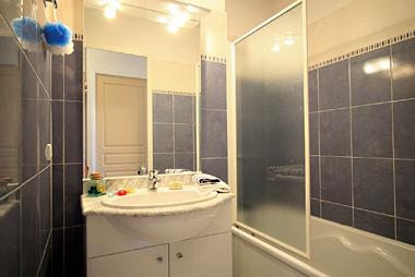 r sidence prat de lis 3 lagrange confort vente priv e jusqu au 02 12 2012. Black Bedroom Furniture Sets. Home Design Ideas