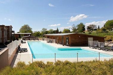 Les hameaux de montr al vente priv e jusqu au 22 07 2013 for Club piscine montreal locations